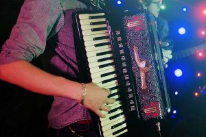 Accordeon - Photo: Aadaoaalves [via pixabay.com]