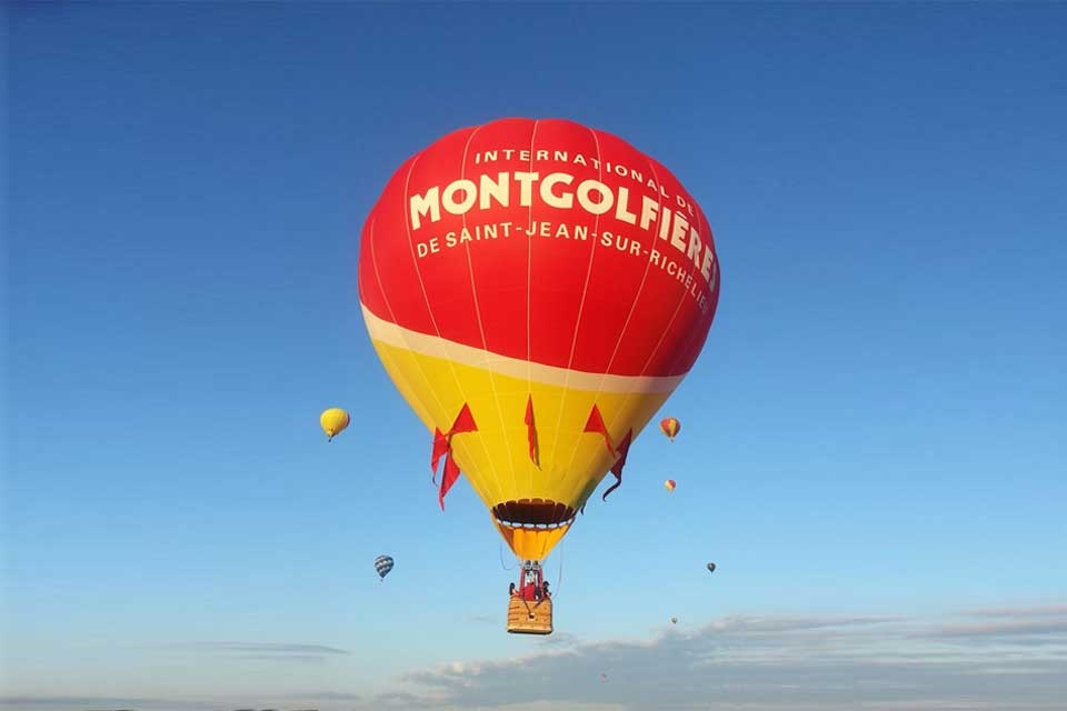 International de montgolfières de Saint-Jean-sur-Richelieu - Photo by: www.ballooncanada.com