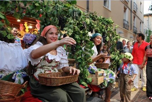 Bardolino Wine and Grapes Festival - Photo by: www.bardolinotop.it