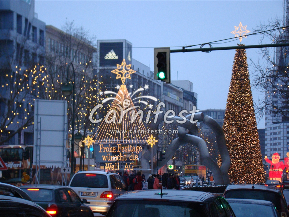 Berlin Christmas eve - CarniFest Online Photo © All Rights Reserved