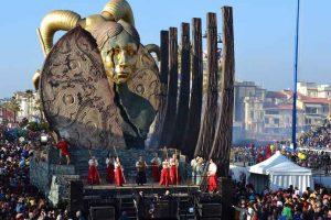 Photo: viareggio.ilcarnevale.com