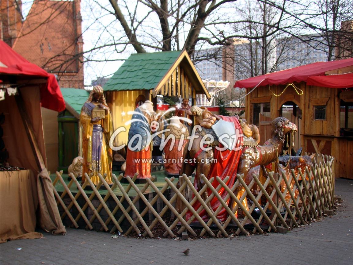 Paris Weihnachtsmarkt.Christmas Market On Champs Elysees Paris 2018 2019 France Dates