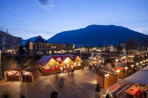 Christmas market in Merano/Meran - Courtesy of: www.suedtirol.info