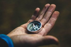 Compass - Photo: Dima Goroziya [Via pixabay]