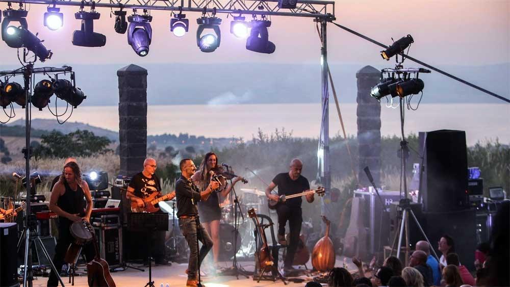 Concert in Bein Hacramim Festival - Photo: www.facebook.com/2beav/
