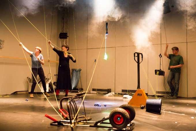 Photo: Erich Malter, 2013, Figurentheater-Festival, Staatliche Hochschule für Musik und Eva Meyer-Keller