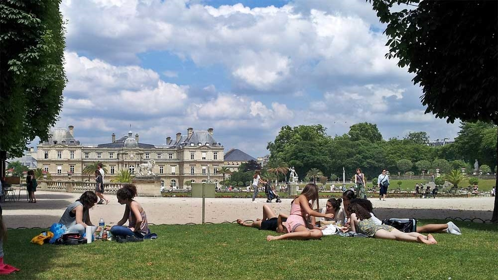 Jardin du luxembourg Paris - Photo by: Sabine Krzikalla [Via pixabay.com]