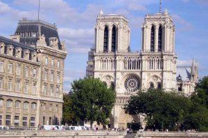 Notre Dame de Paris - Photo By:  Schnuffel