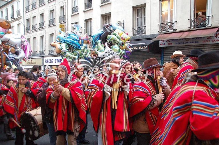 Paris carnival procession carnaval de paris 2019 - Carnaval de paris 2017 ...