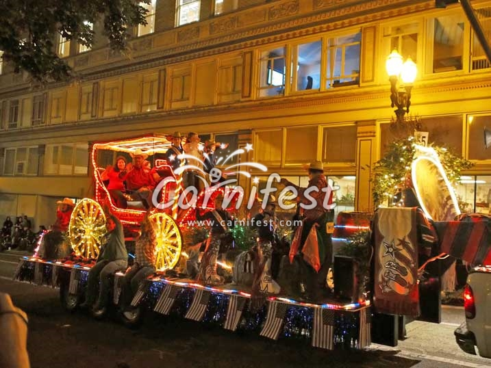 Portland Rose Festival - General Electric/SOLVE Starlight Parade - CarniFest Online Photo © All Rights Reserved