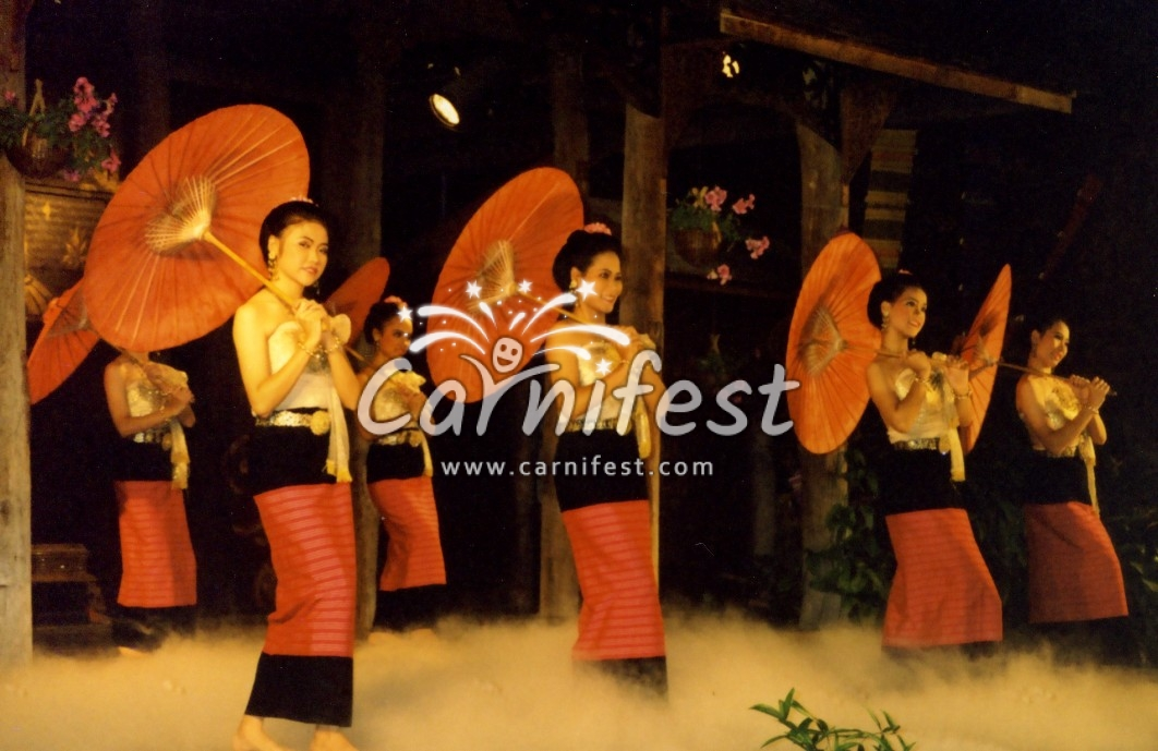Traditon Thai dance - CarniFest Online Photo © All Rights Reserved