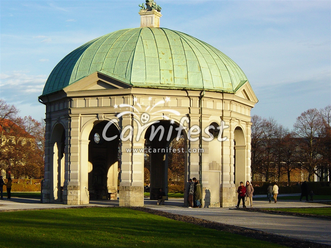 The English Garden (Englischer Garten) in Munich, Germany - CarniFest Online Photo © All Rights Reserved