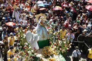 Fiesta de la Virgen de Urkupiña (Urkapinia) festival) - Photo by: www.urcupina.com