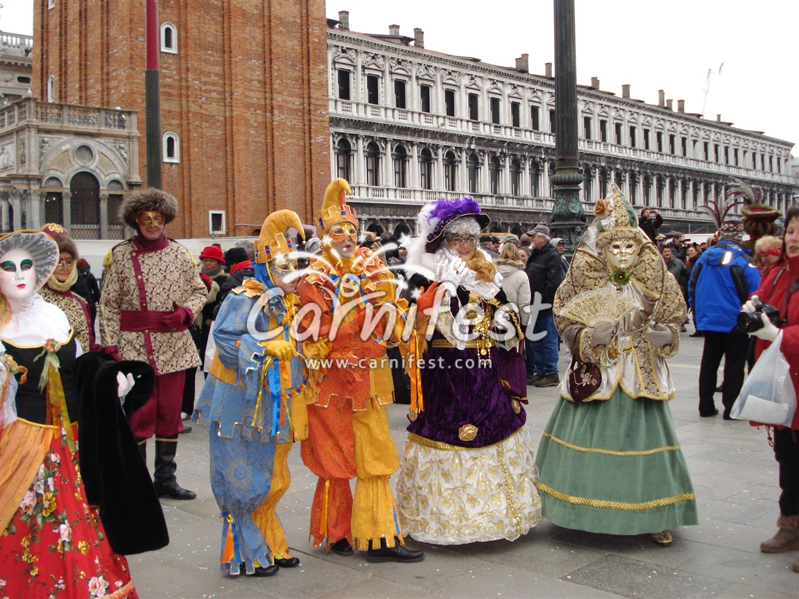 Venice Carnival - Photo by: Liat Hen -  CarniFest Online © All Rights Reserved