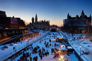 People skating on the Rideau Canal Skateway, Ottawa - Photo by: Canadian Heritage - Patrimoine Canadien [www.canada.pch.gc.ca]
